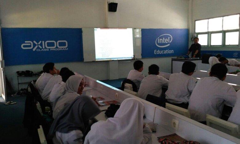 Ruang Belajar TKJ SMK BKM 2 Bekasi